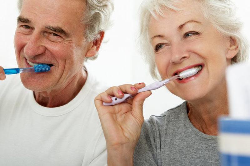 Yaşlılarda Ağız ve Diş Sağlığı
